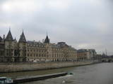 conciergerie and tour eiffel